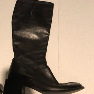 Sudini black leather boots size 7.5
